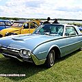 Ford thunderbird coupé de 1961 (retro meus auto madine 2012)
