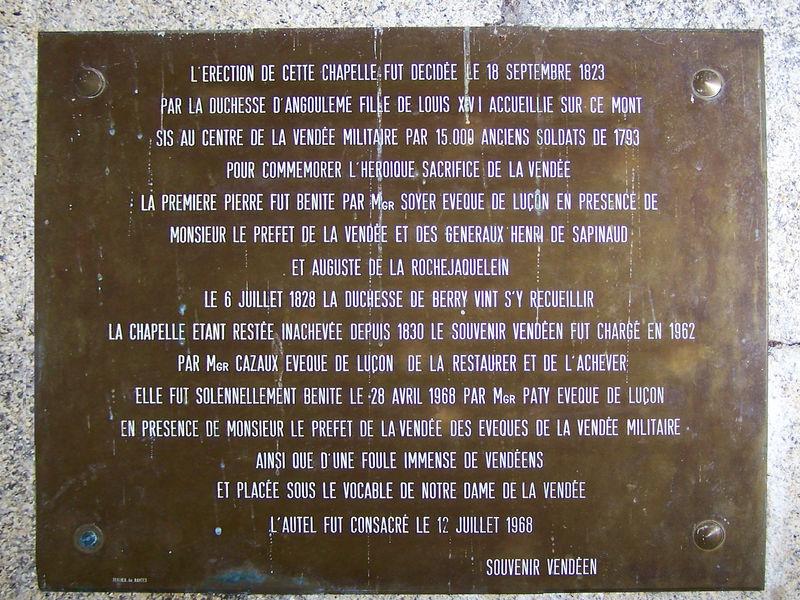 Les Herbiers (85) - Chapelle du Mont des Alouettes (1968)