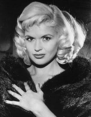 jayne-1963-09-in_fur-1