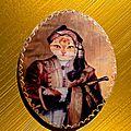 Petit tableau en bois avec chat costumé en lord byron