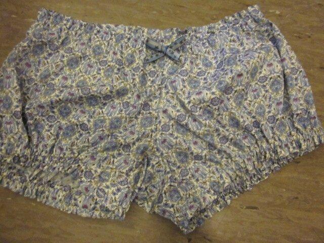 Culotte BIANCA en coton imprimé bleu - noeud bleu à étoiles (2)