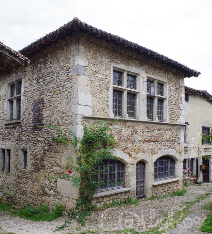 && Maison Herriot (1)