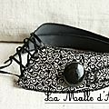 collier textile virevolte noir et blanc 02