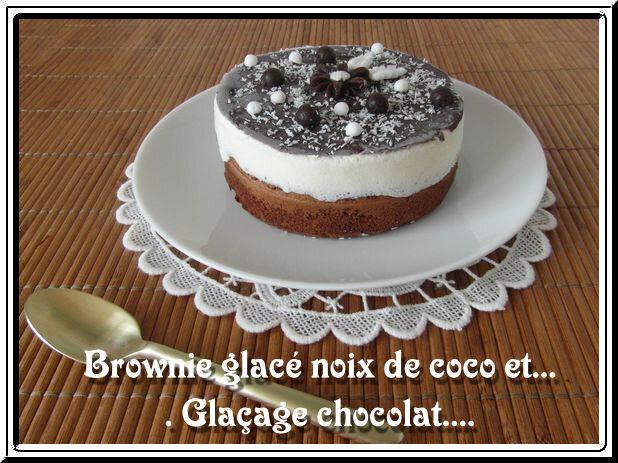 Brownie glacé noix de coco et glaçage chocolat
