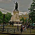 Vue sur la place de la République.