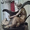 Triton d'une paire de buires de 1850 au musée nissim de camondo à paris