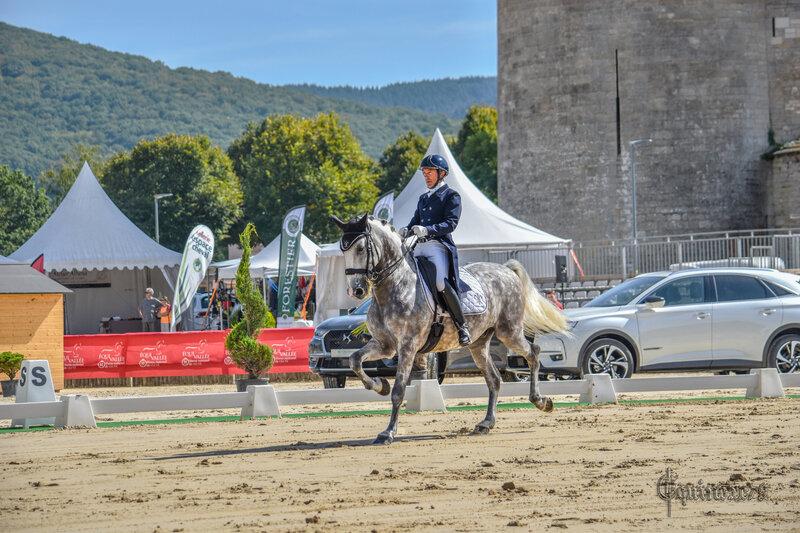 Abbaye de Cluny - La Tour Ronde - Carlos Pinto (écurie Haras de la Gesse) à l'étape du Concours hippique - Grand National de Dressage de Cluny