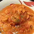 Crevettes aux tomates et lait de coco