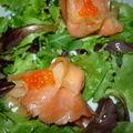 Bonne année et... salade de jeunes pousses aux petits paquets de saumon