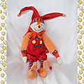 Doudou peluche lutin dragobert rouge orange salopette moulin roty 30 cm