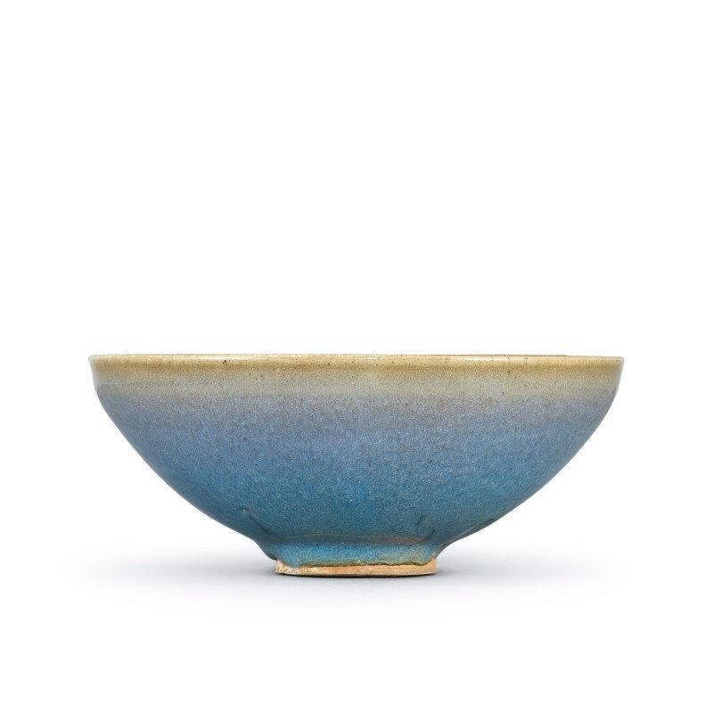 A large junyao blue-glazed bowl Song - Yuan dynasty
