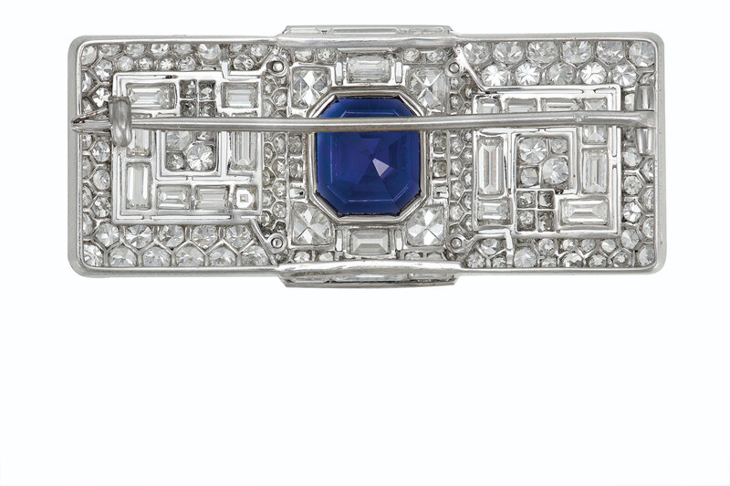 2020_NYR_18991_0168_001(a_superb_art_deco_sapphire_and_diamond_brooch_cartier083801)