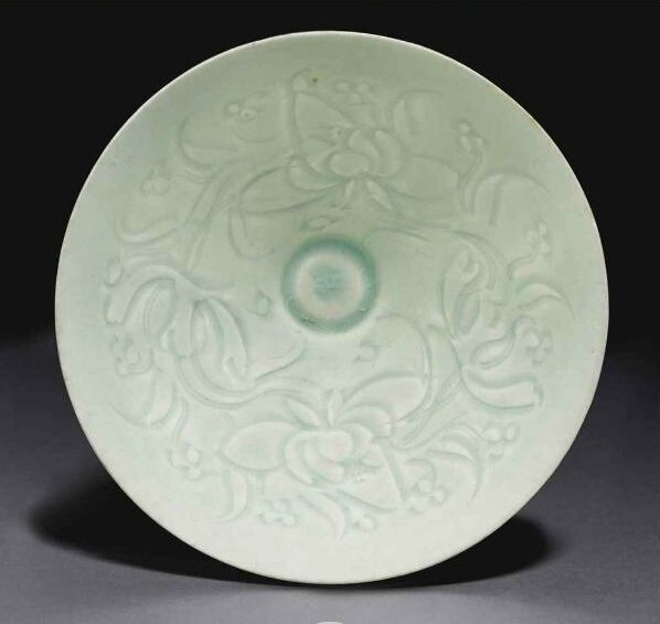 AQingbaicarved conical bowl, Southern Song dynasty (1127-1279)