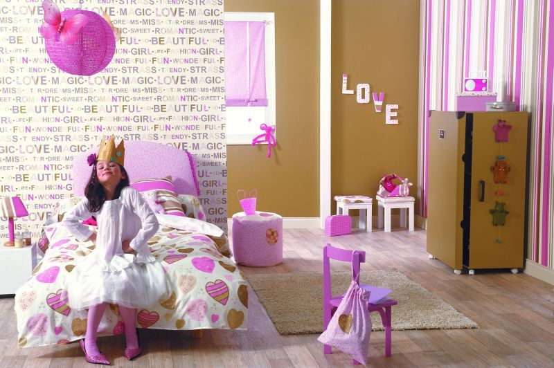 d coration chambres d 39 enfants couturi re nord pas de calais. Black Bedroom Furniture Sets. Home Design Ideas