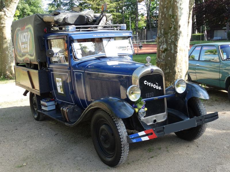 CITROËN AC4 plateau bâché 1928 Lons le Saunier (1)