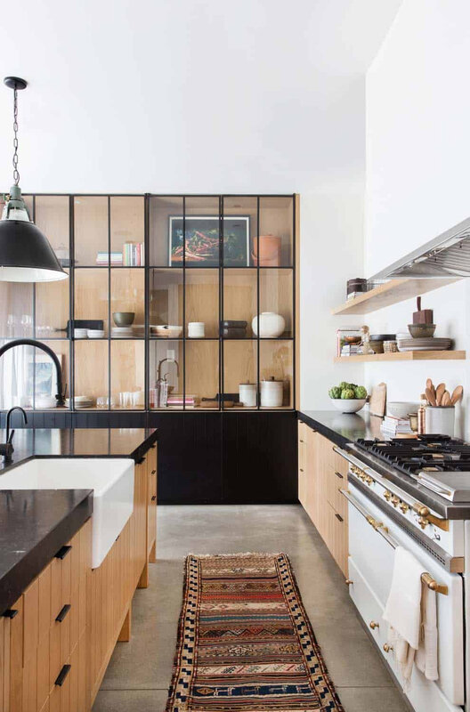 Scandinavian-Modern-Home-Potter-Mallis-20-1-Kindesign