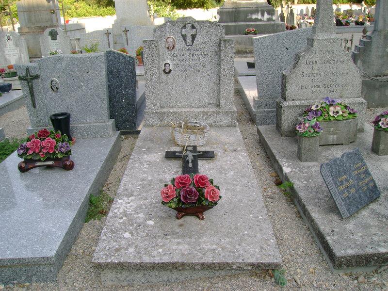 98 - Tombe de la famille Selva-Torres