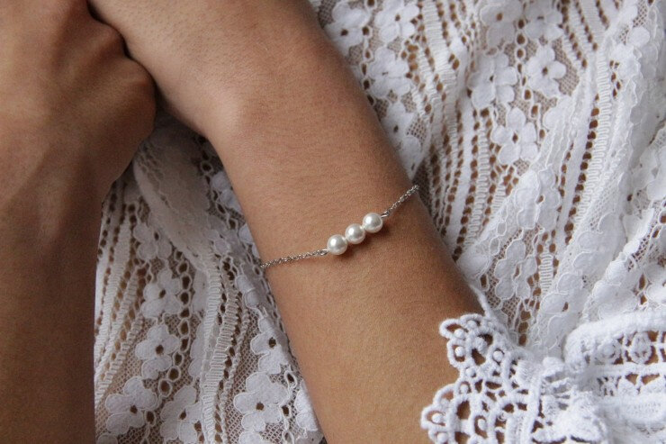 bracelet-delila-de-mariage-trio-de-perles-en-cristal-nace