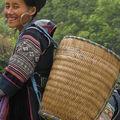 Femme Hmong noir (Sa Pa)
