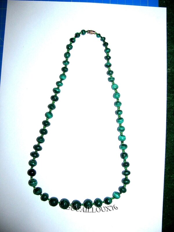Collier MALACHITE 14 Perles (2)