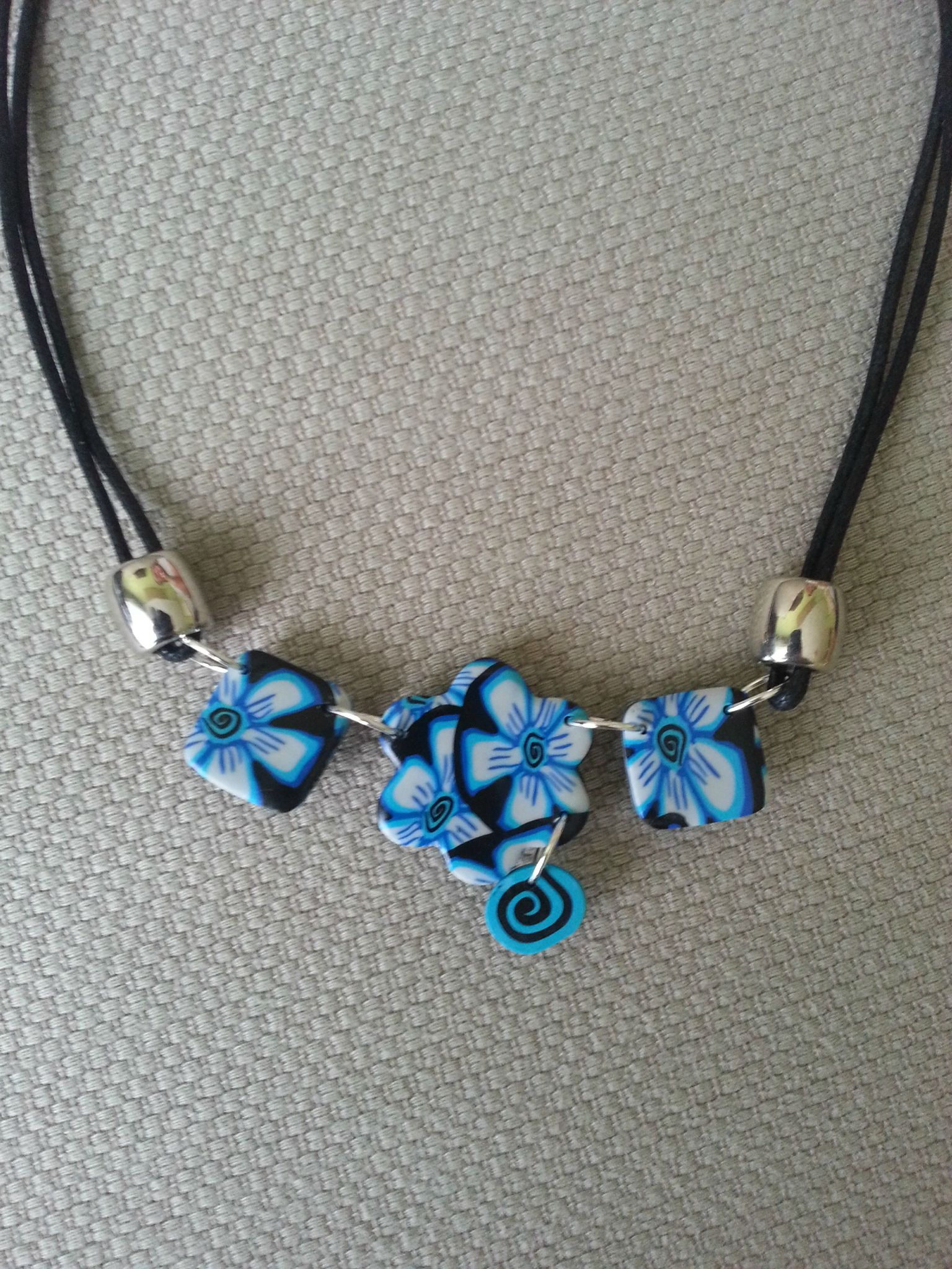 Collier 49