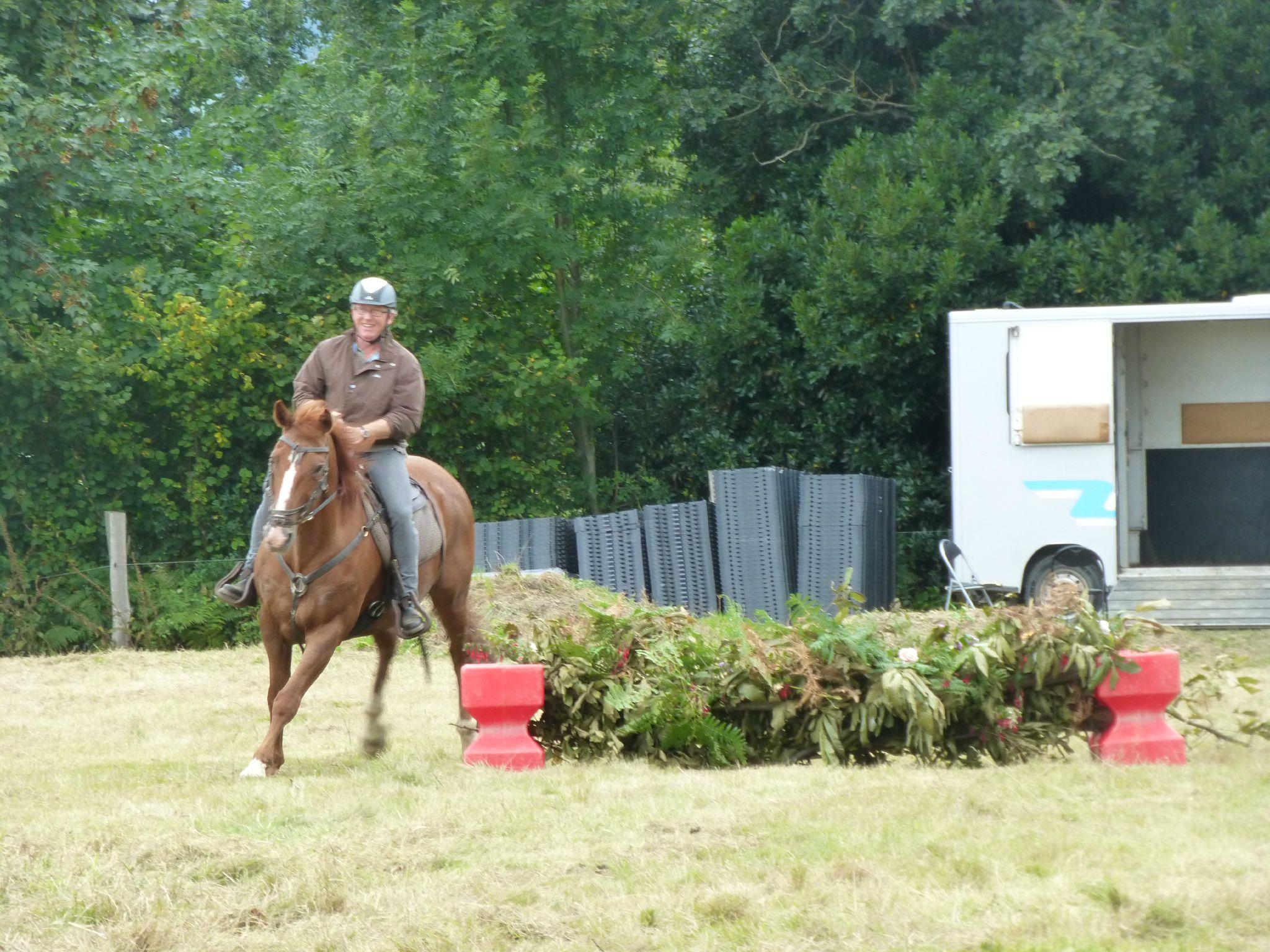 Jeux équestres manchots - parcours de pleine nature après-midi (264)