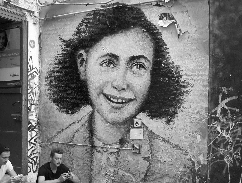Exposition virtuelle de la maison d'Anne Frank sur Google