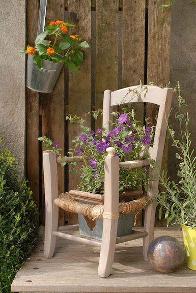 chaise porte plante