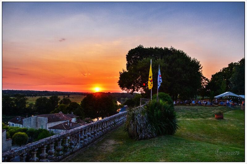 Taillebourg le Château vue sur la Charente