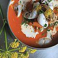 Soupe de poivrons, agneau et chipirons aux fleurs de fenouil sauvage