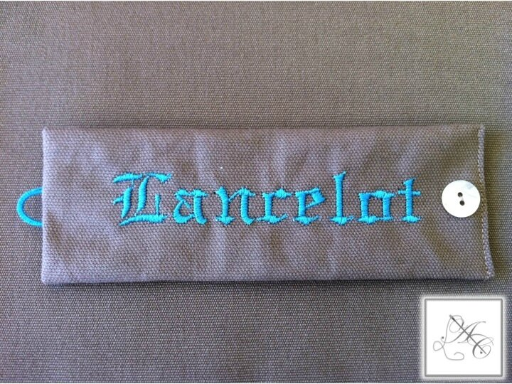 Rond taupe/turquoise - gothique
