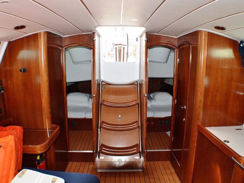 yacht_charter_croatia_oceanis_clipper_423_2004_id2289-8