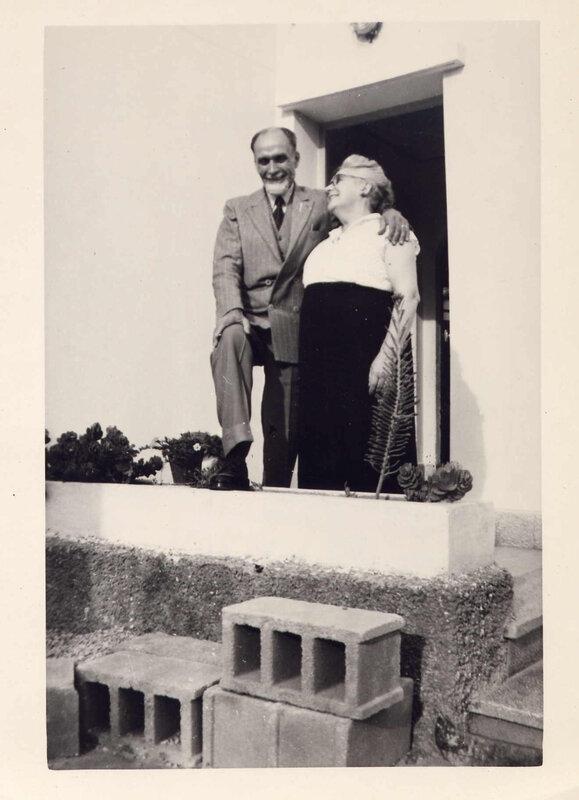 1952 mémé pépé en Juin